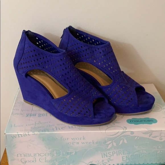 Maurices Shoes - New in box Maurices wedges size 9